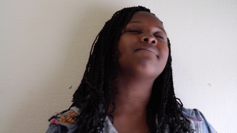 Photogramme extrait de la vidéo'Oumou'