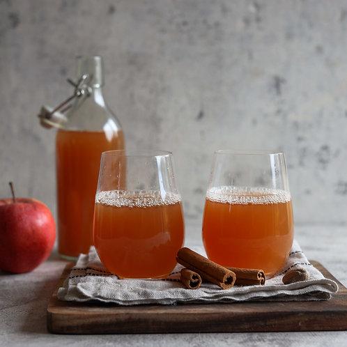 Natūralios obuolių sultys (1 L)