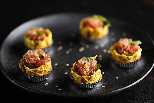 Tuno tartariukai su saulėje džiovintais pomidorais ir kaparėliais  (5vnt.)