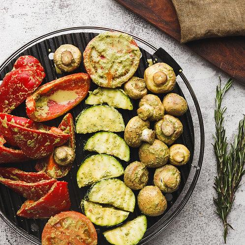 Grill daržovės (cukinija, paprika, pomidorai, pievagrybiai) paruošti kepti