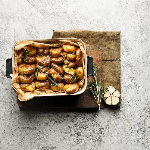 Keptos mažosios bulvytės su čiobreliais  (0,5 kg)