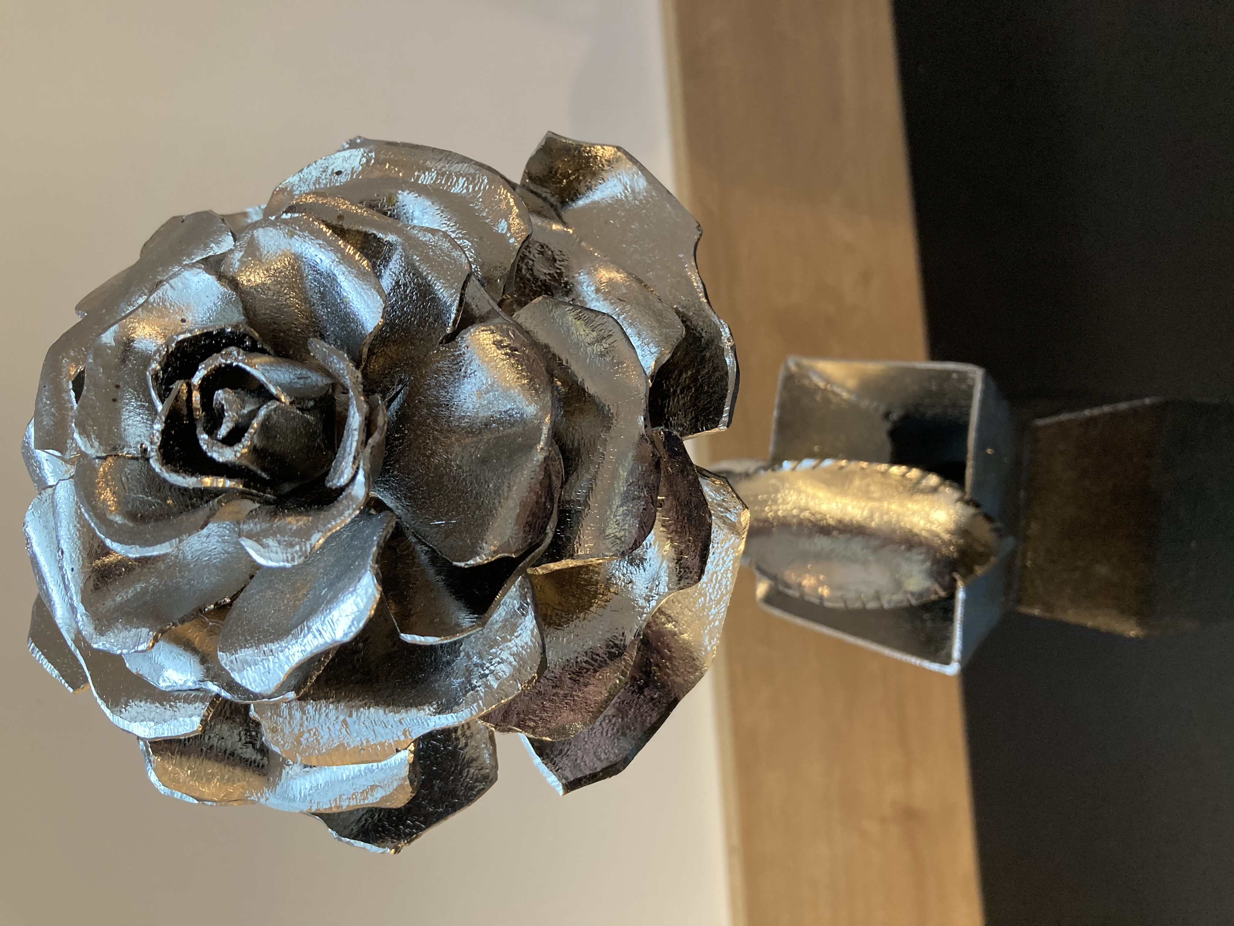 """Vase une rose"" - n°402"