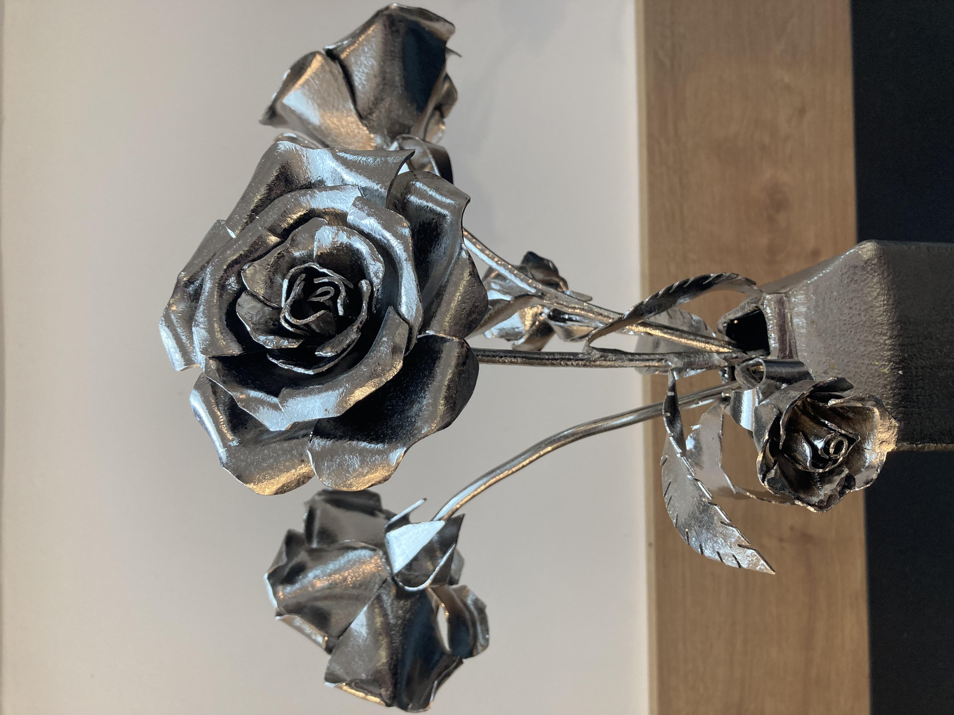 """""""Vase cinq roses"""" - n°404"""