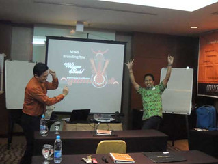 """Sertifikasi Professional Licenced Trainer (PLT) """"Branding You"""" 7-10 Agustus 2014 di Hotel Santika Pr"""