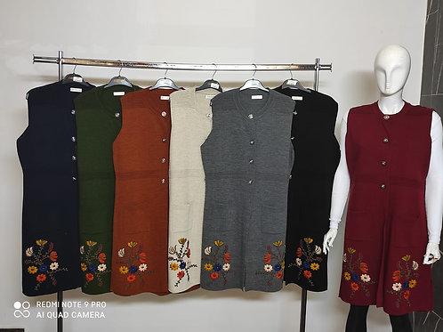 Çiçek Nakışlı Triko Ceket