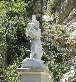 Jesús portant la creu (Quart Misteri de Dolor)
