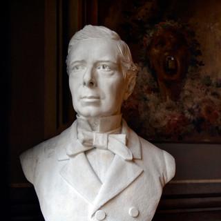 Bust d'Antonio López López