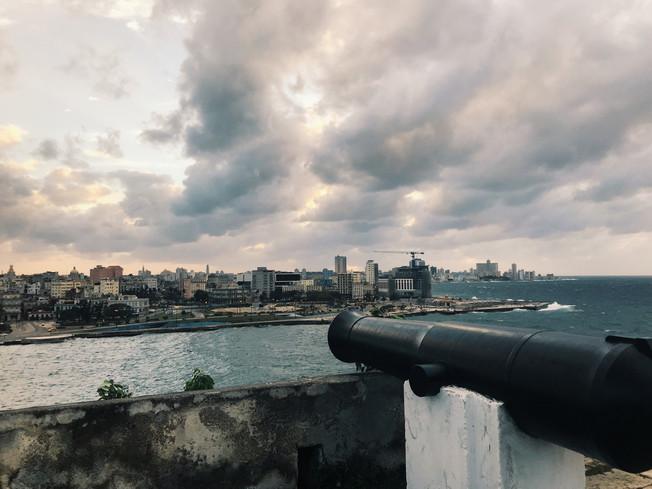 Morro-Cabaña Military- Historical Site. Forty El Morro, La Cabaña i pomnik Chrystusa Hawany.