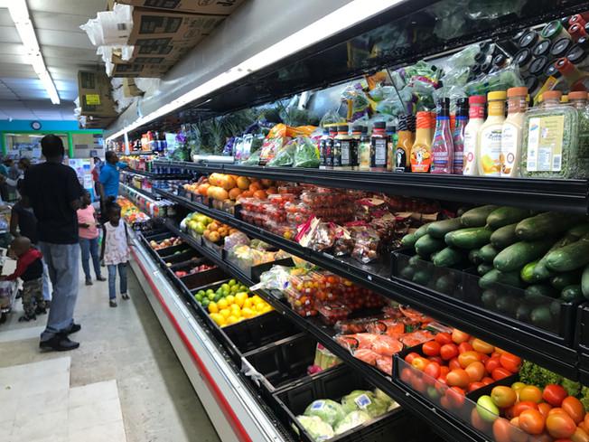 Shopping atExuma. Zakupy spożywcze na wyspie Exuma.