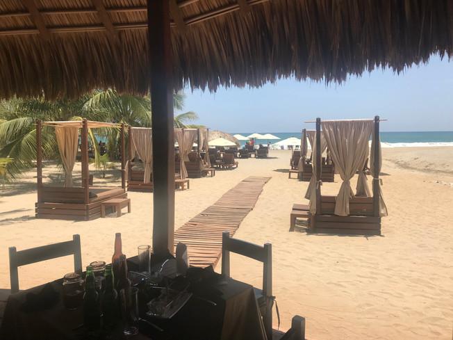 Playa Mazla restaurant, Puerto Escondido