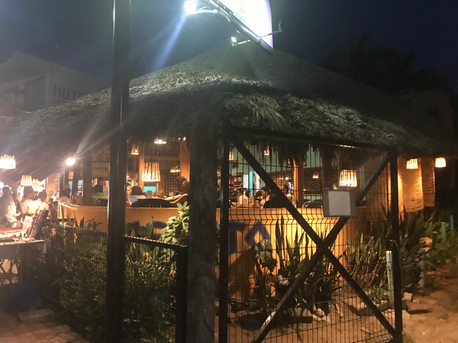 El Cafecito Zicatela Beach, Puerto Escondido.