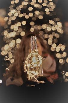 bottle light, william-bayreuther-cdnhg0csyam-unsplash.