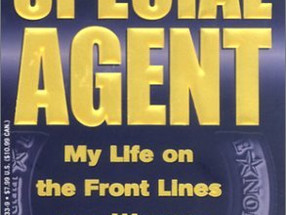 Review: Special Agent by Candice DeLong w/ Elisa Petrini