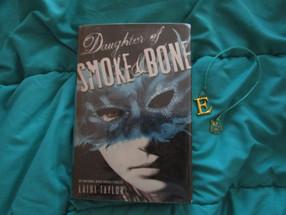 "Review: ""Daughter of Smoke & Bone"" by Laini Taylor (Spoiler-Free)"