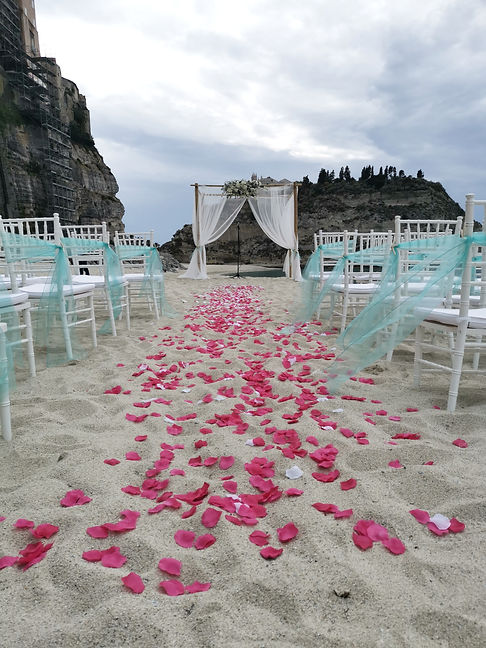 Matrimonio%20Spiaggia_edited.jpg