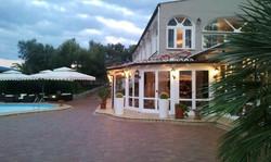 Villa Perara seite