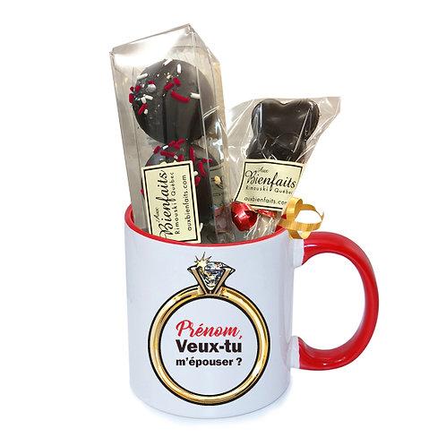 T5-Tasse avec prénom personnalisé / Chocolat