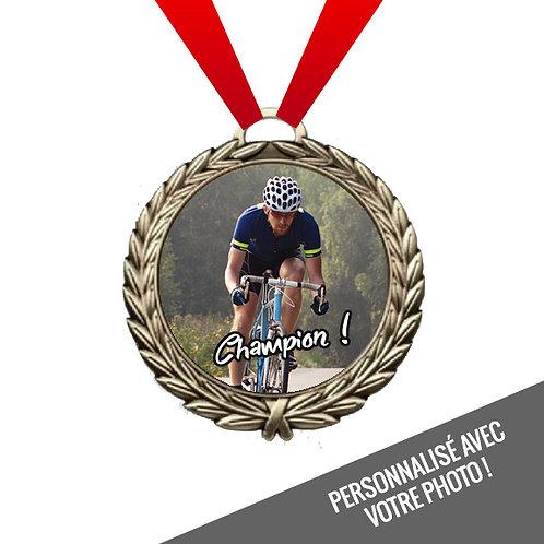 P08 - Médaille 4 po.