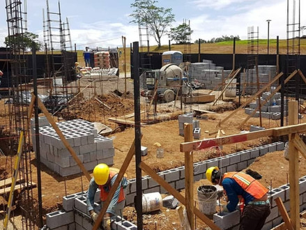 Contratistas y Constructores