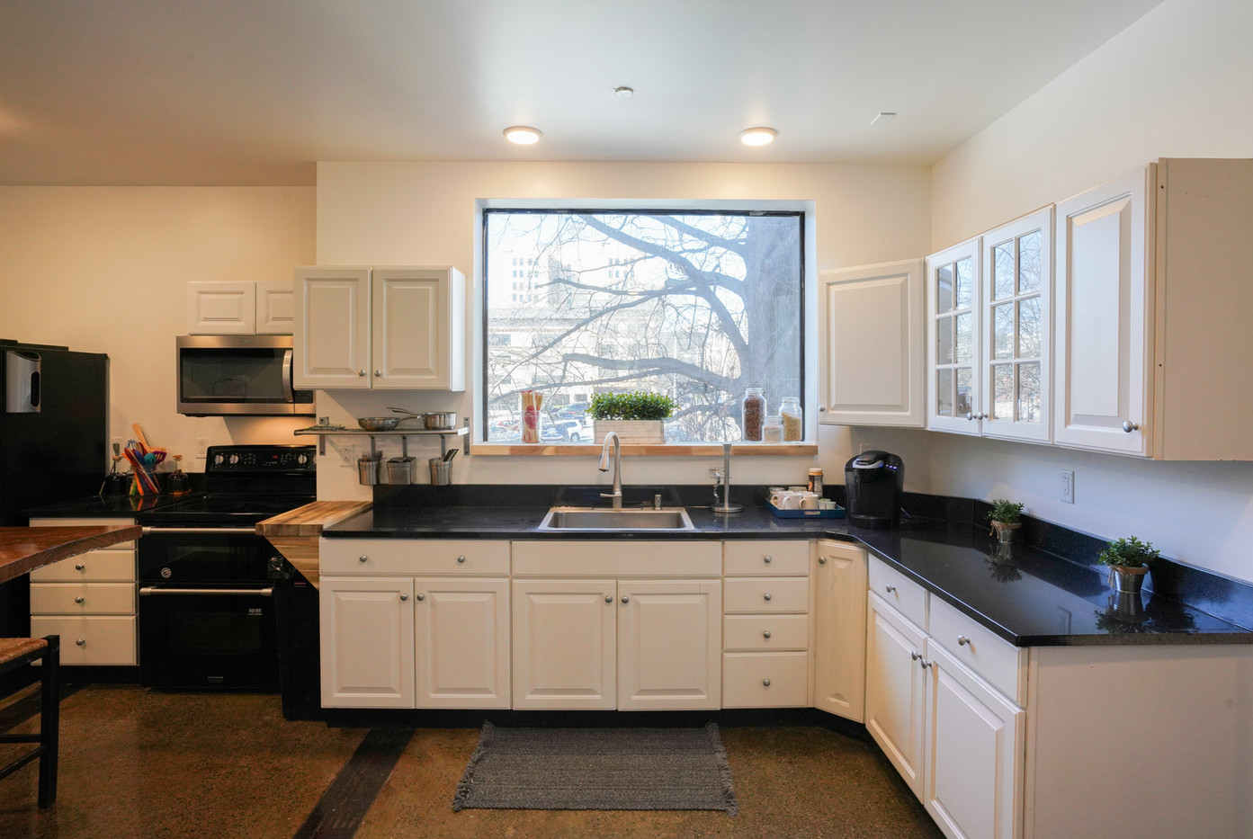 Kitchen-Main-DSC04325.jpg