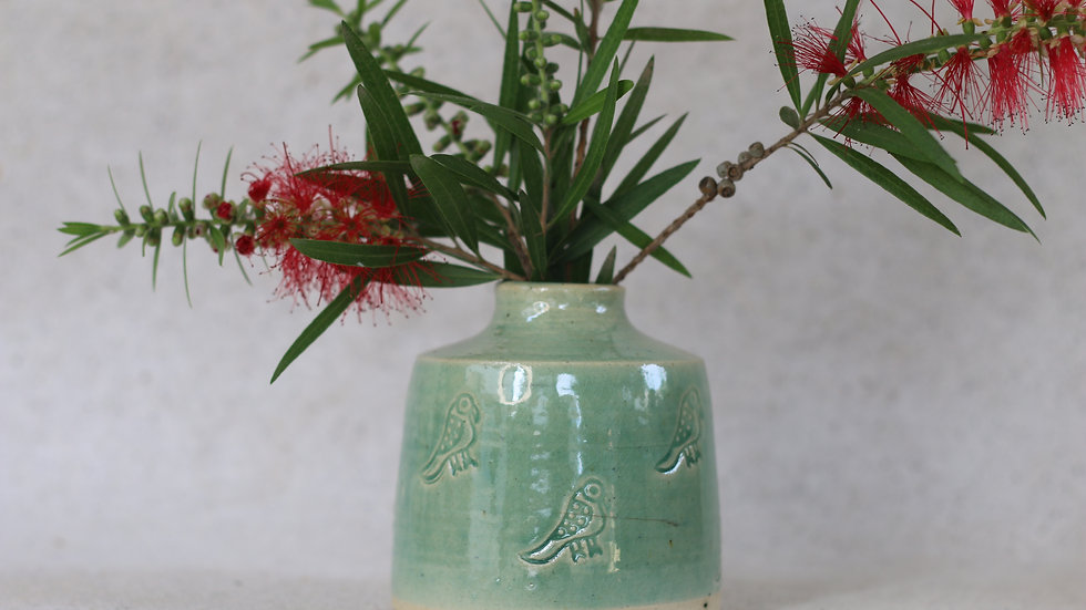 Glossy green parrot vase