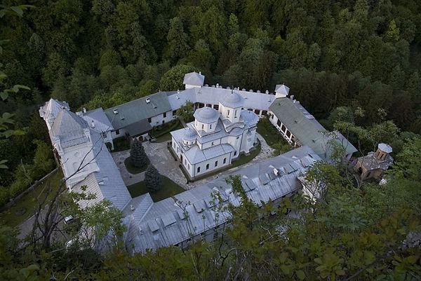 Tismana-Monastery.jpg