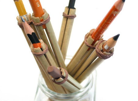 """รวม """"ภาพหายาก"""" ตัวต่อดินสอตั้งแต่ยุค 1900's"""