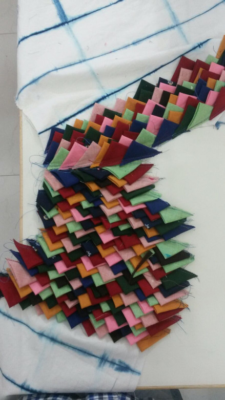 Making - Triangles Fabric.JPG