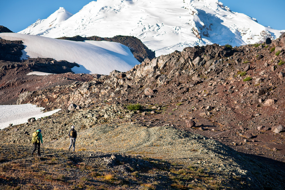 hiking trail to mount baker