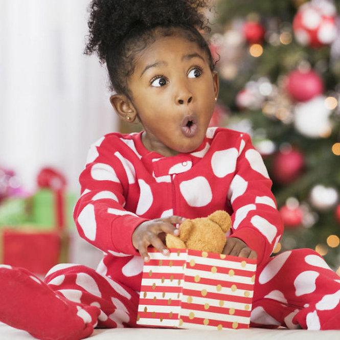 child opening present.jpg