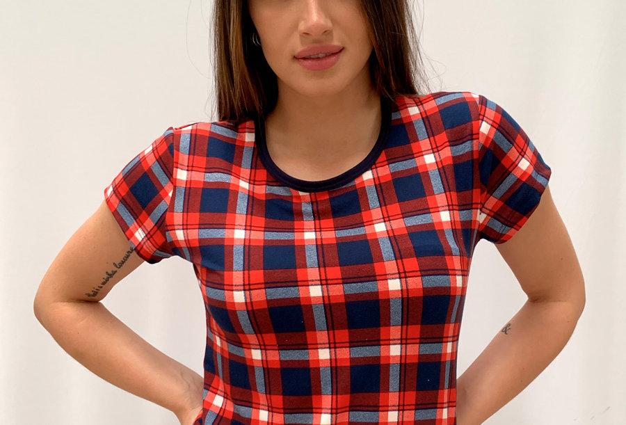 Camiseta Carly