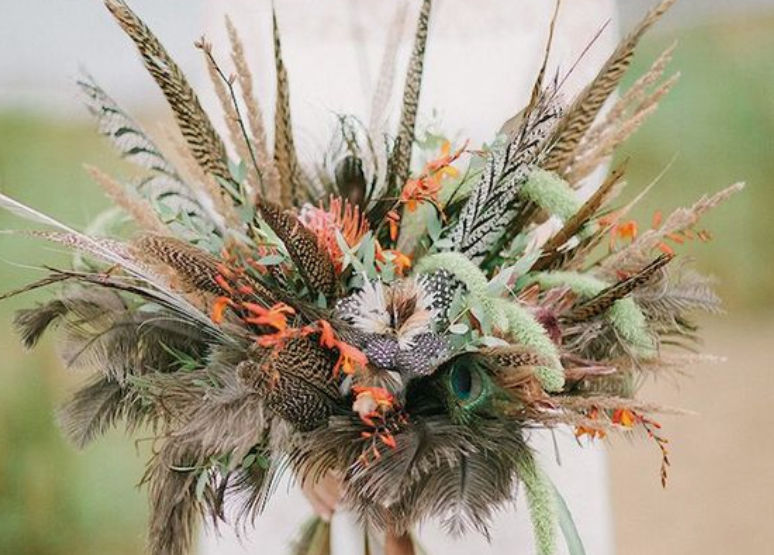 GORGEOUS ALTERNATIVES TO TRADITIONAL BRIDAL BOUQUETS