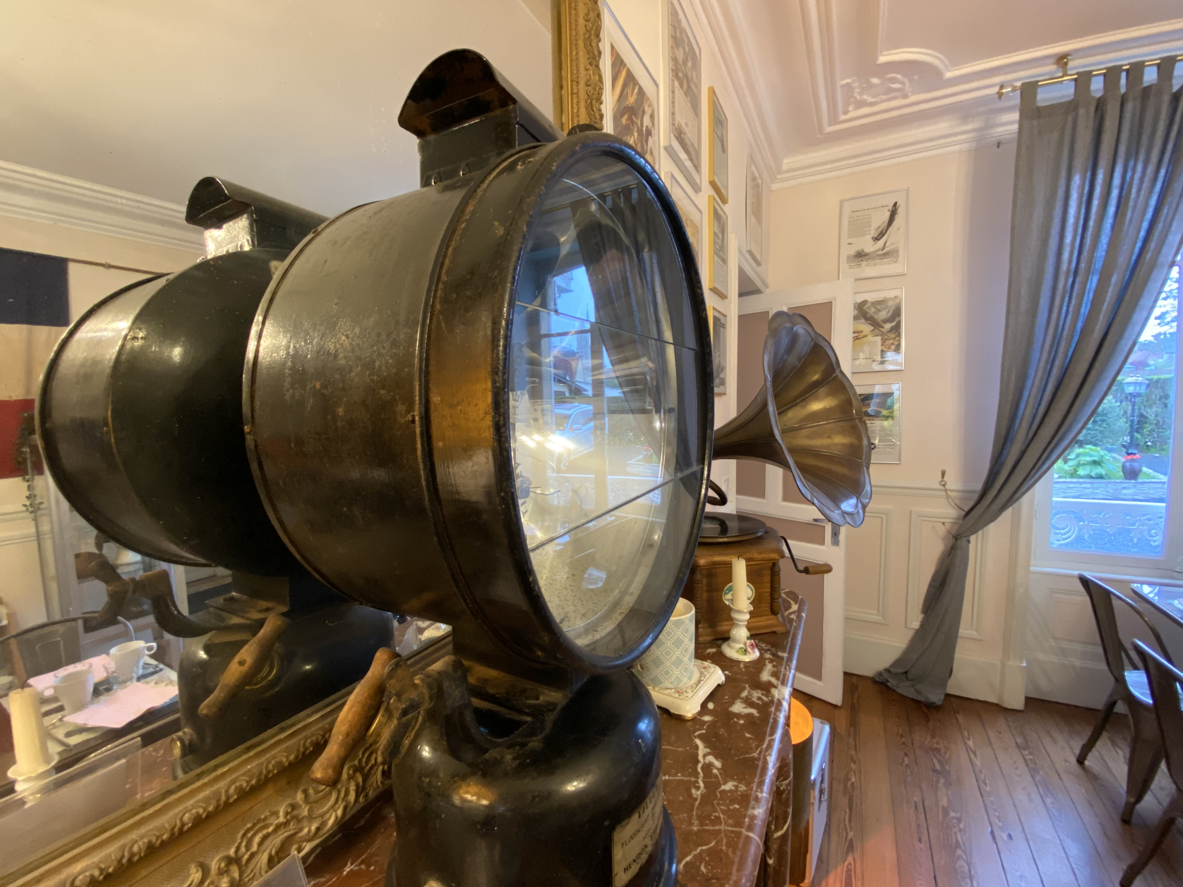 DDAY Aviators Le Manoir RAF Tilley lamp