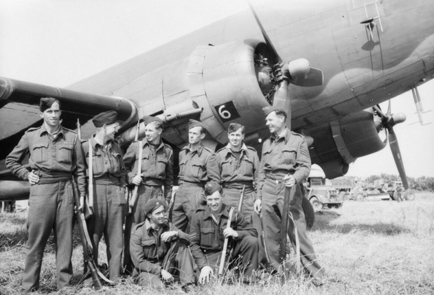 Australian ground staff on B11