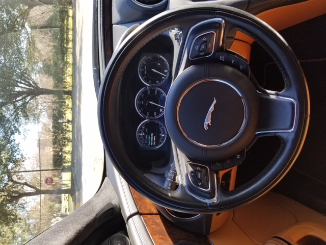 Jaguar XJL Portfolio 2013 (16)