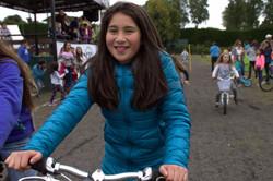 vencedora carrera bicicletas mujeres