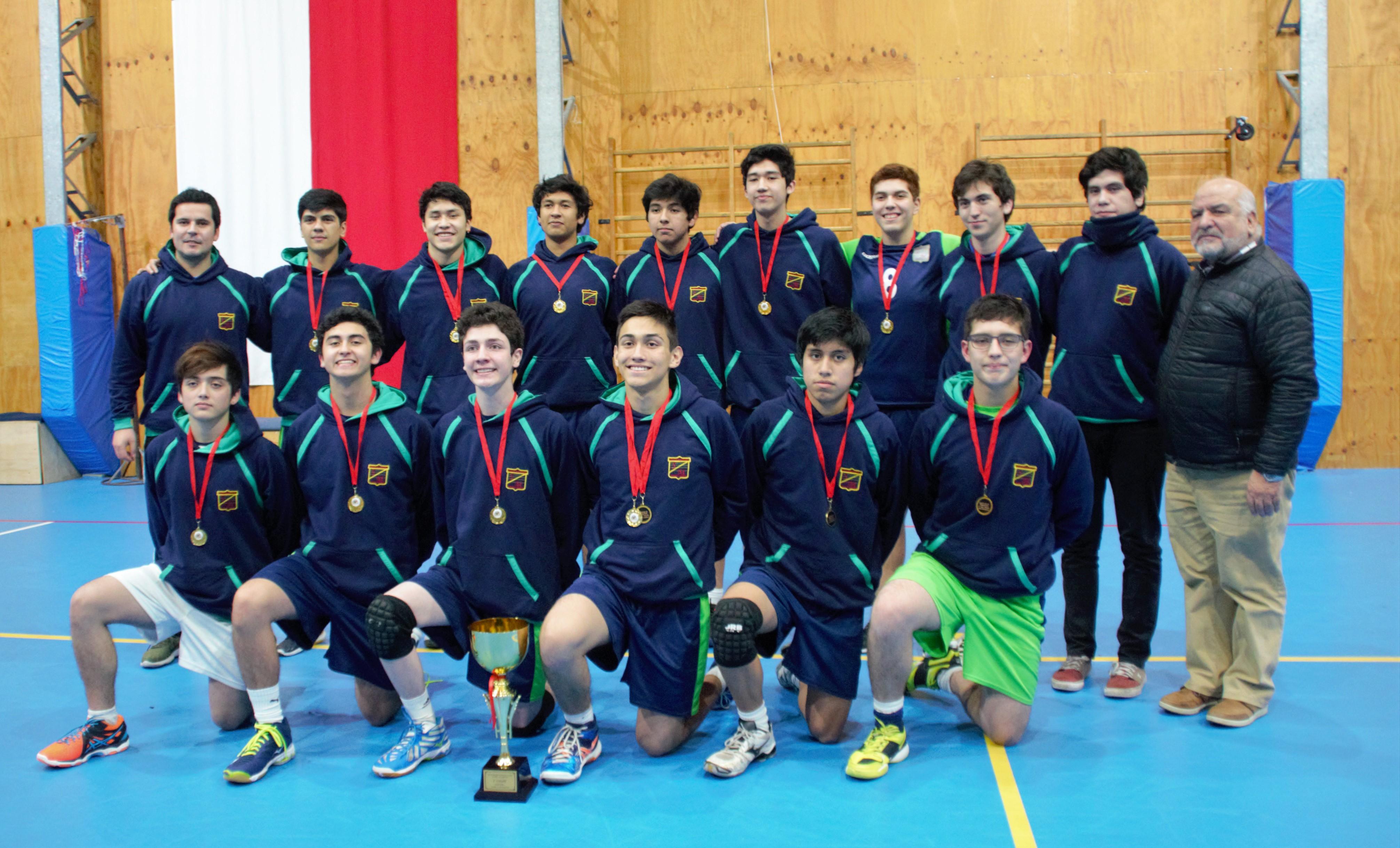 ganadores_varones_Colegio_Domingo_Santa_María