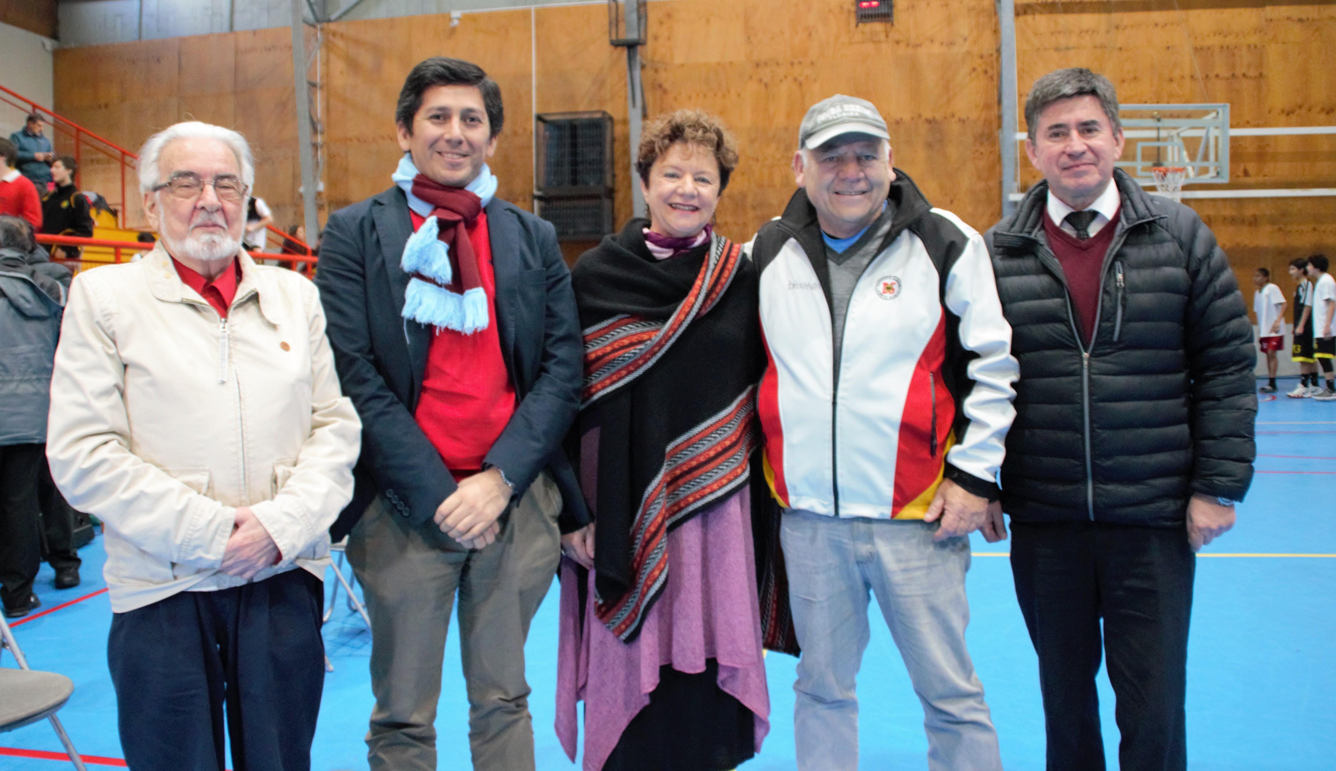 María_Eugenia_Niemeyer y autoridades