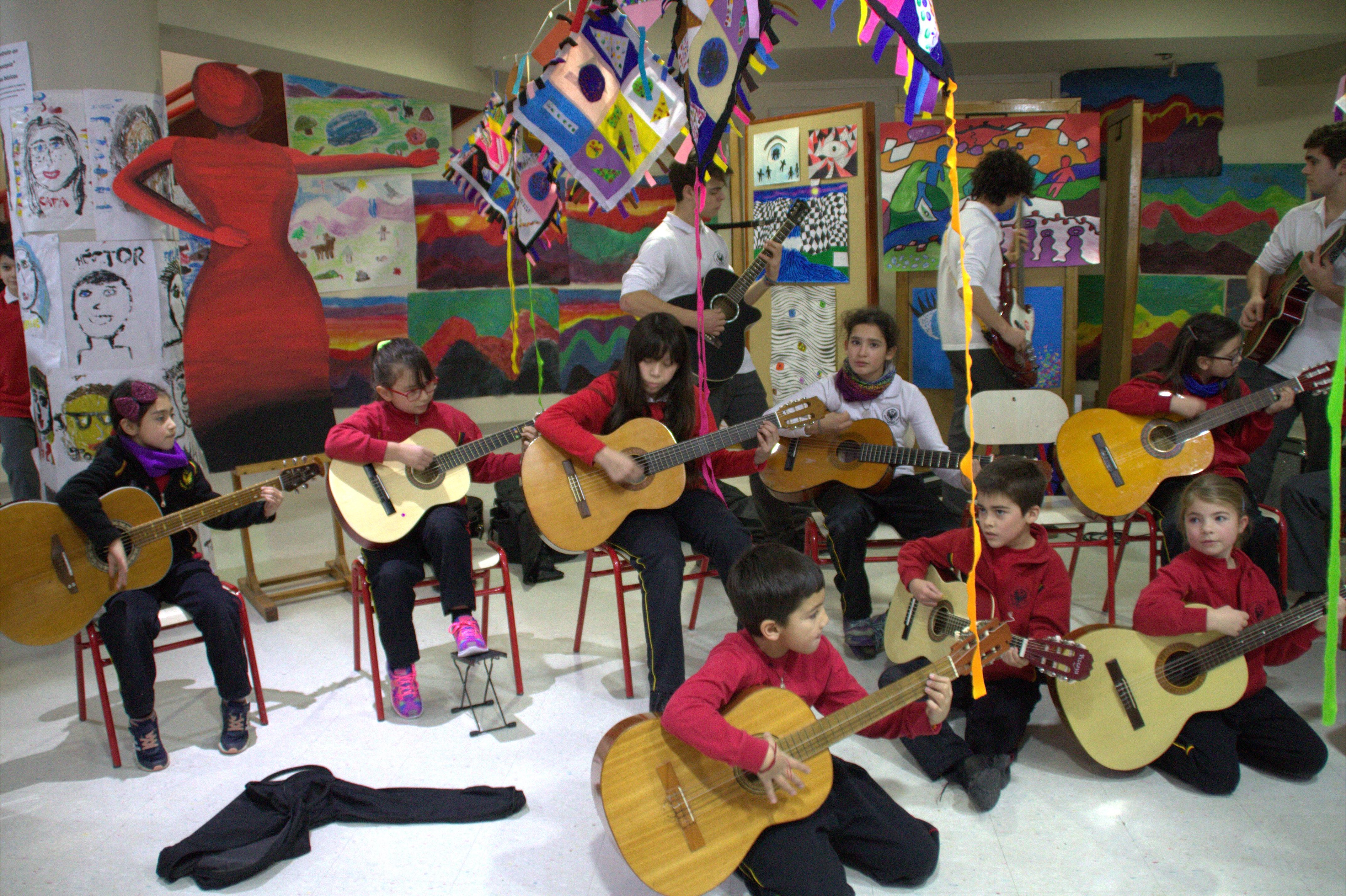 guitarras_en_la_mañana