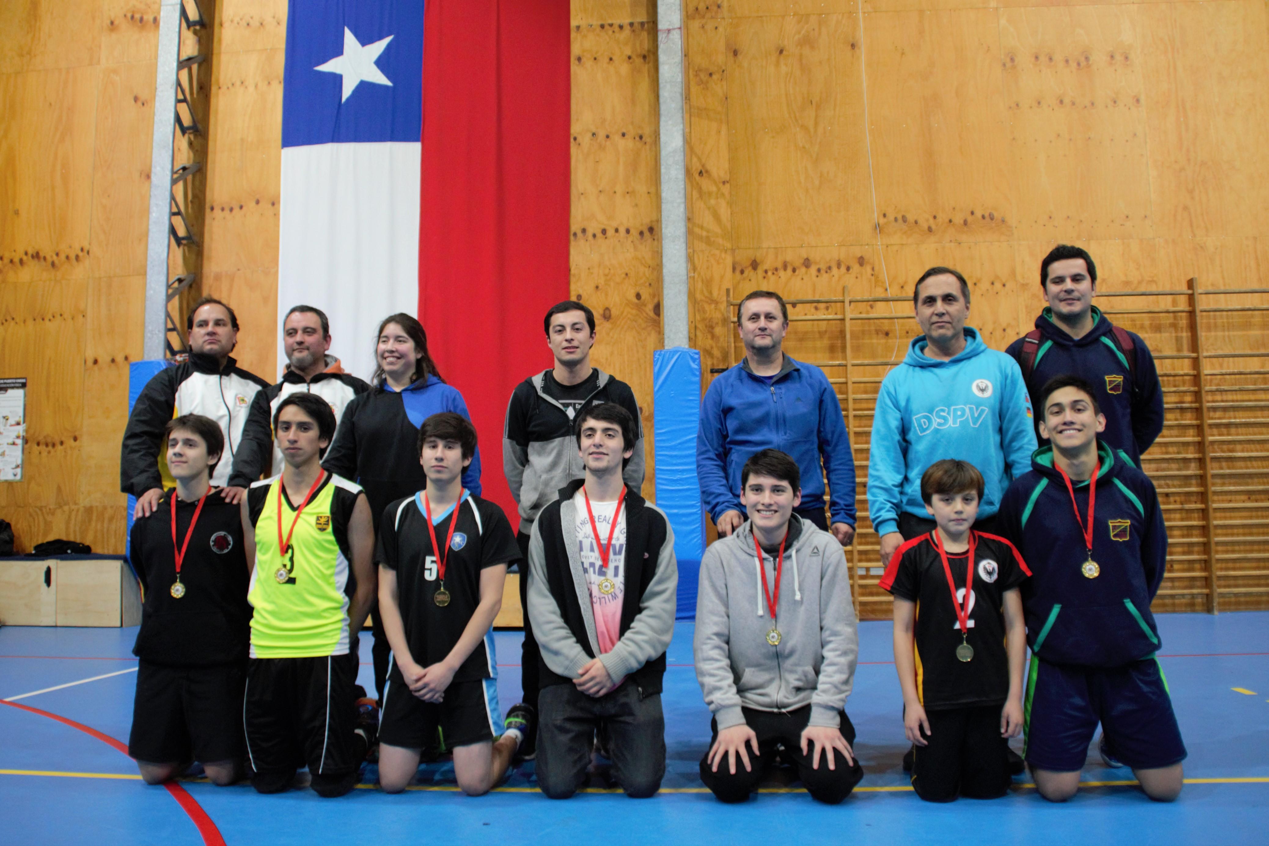 arbitros y profesores con vencedores