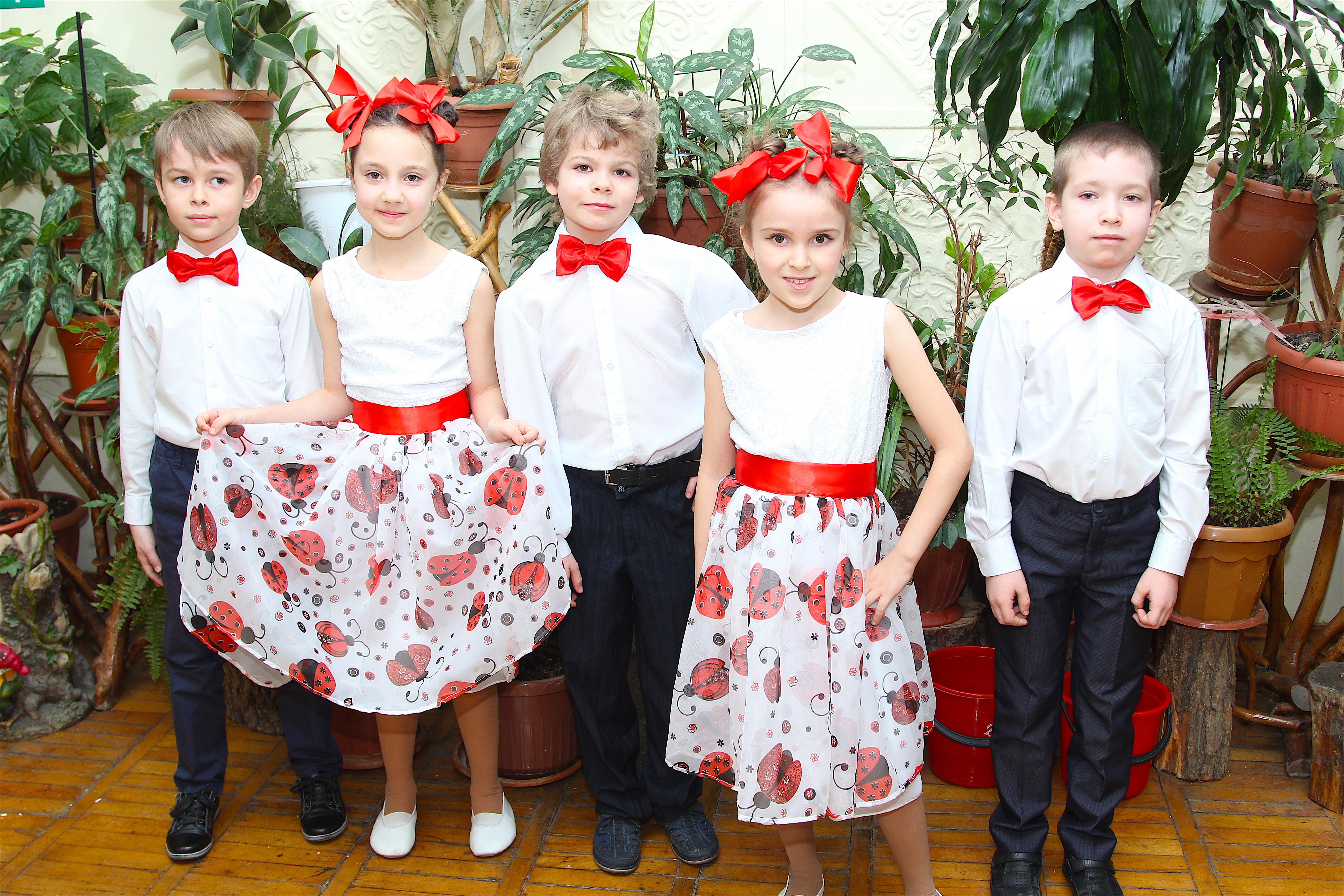 Юные артисты театра песни «As-соль»