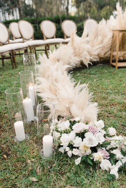 Linen Round Back Ceremony Seating