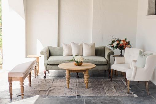 Il Mercato Alcove Wedding Lounge