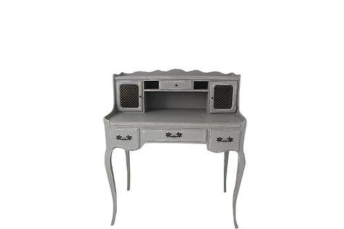 Daisy Desk