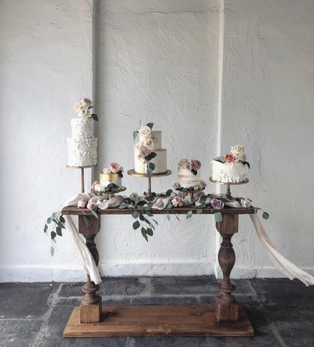 Console Table  + Wedding Cakes