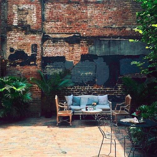 Ace Hotel Courtyard Mini Lounge