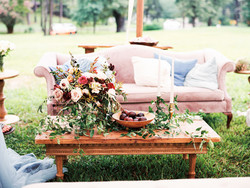 Outdoor Styled Lounge