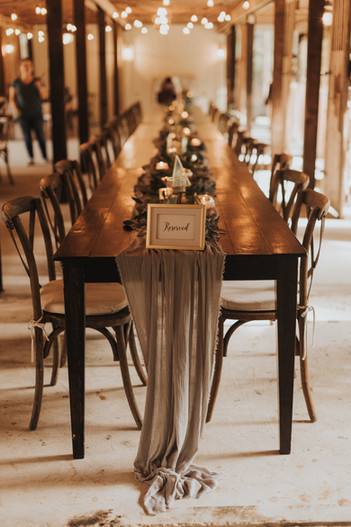 Fa Harvest Table Seating