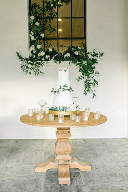 Sonoma Cake Table