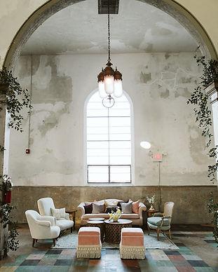 Lounge Marigny.jpg